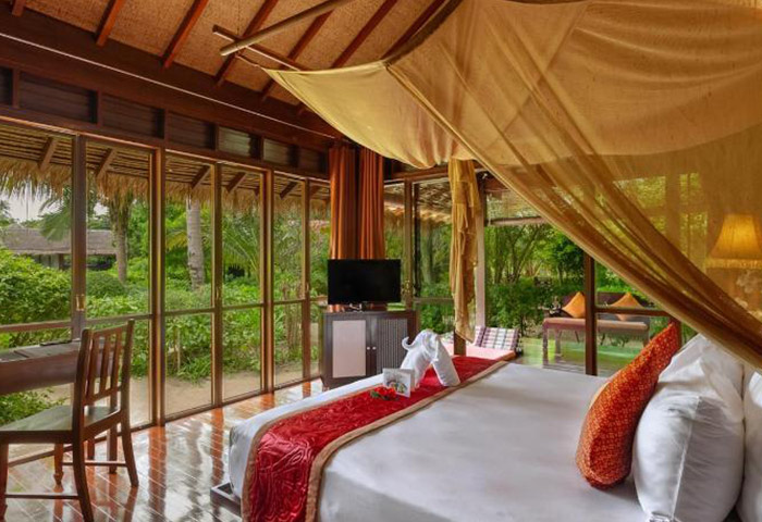 Zeavola-Hotel-Koh-Phi-Phi-Luxury-Beachfront-Gay-Hotel