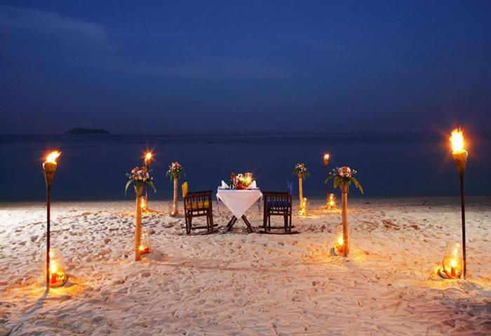 Zeavola-Hotel-Perfect-Gay-Honeymoon-Beachfront-Phi-Phi