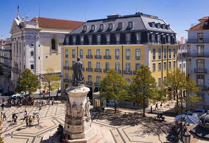 Bairro-Alto-Hotel-Best-Luxury-gay-Hotel-Lisbon-in-Main-Tourist-Area