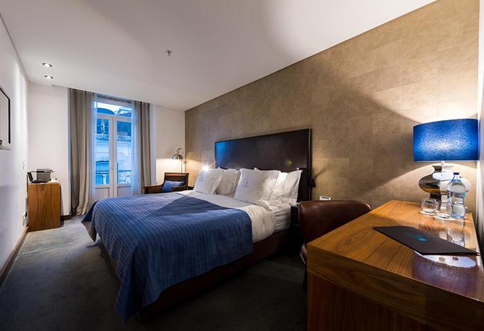 Best-Update-Honeymoon-Hotel-Idaes-in-Lisbon-City-Center-Gayborhood-Lisboa-Carmo-Hotel
