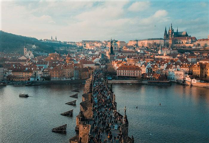 Charles-Bridge-Number-One-Instagramable-Tourist-Hotspot-near-Prague-Gayborhood