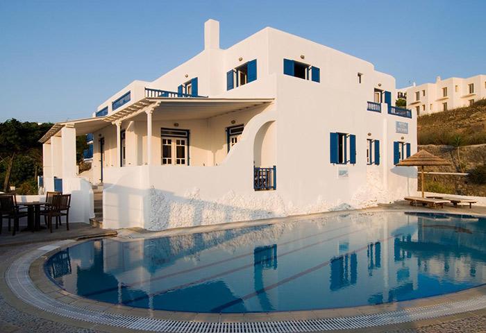 Cheap-Gay-Hotel-in-Mykonos-Town-with-Pool-Near-Gay-Bars-Marisso-Hotel