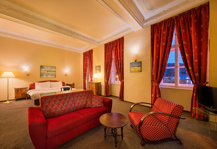 Cool-Design-Gay-Hotels-Prague-Old-Town-City-Center-Hotel-Leonardo-Prague