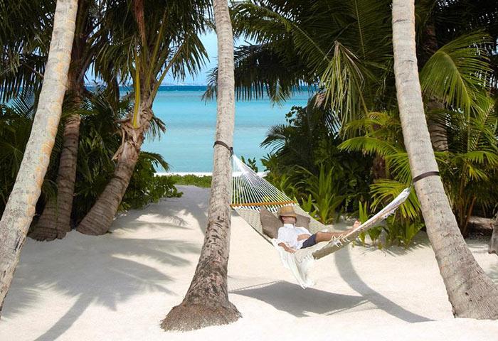 Easy-to-get-to-Island-Gay-Hotel-Maldives-Shangri-La's-Villingili-Resort-&-Spa