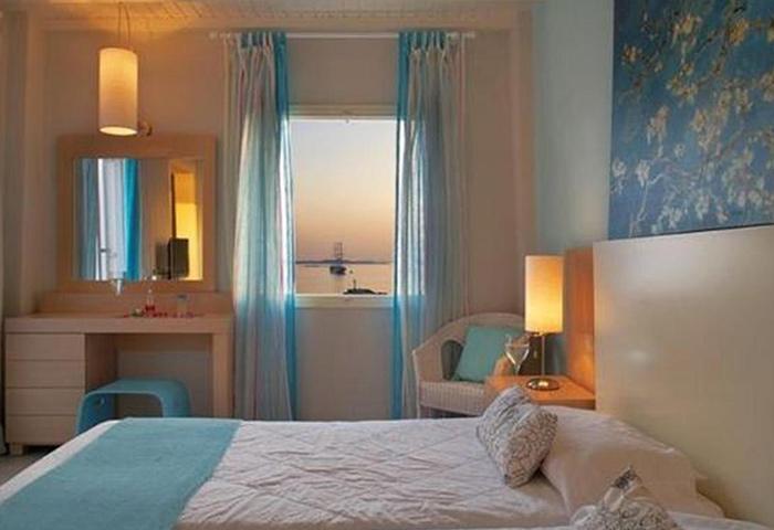 Excellent-Location-Gay-Hotel-Mykonos-Town-Near-Gay-Bars-Porto-Mykonos-Hotel