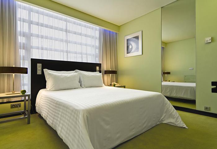 Find-Cheap-Best-3-Stars-Gay-Hotel-Lisbon-City-Center-SANA-Capital-Hotel
