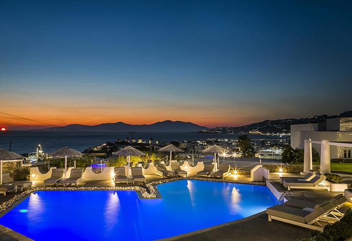 Find-Cheap-Luxury-Gay-Honeymoon-Hotels-with-Pool-in-Mykonos-Town-Ilio-Maris