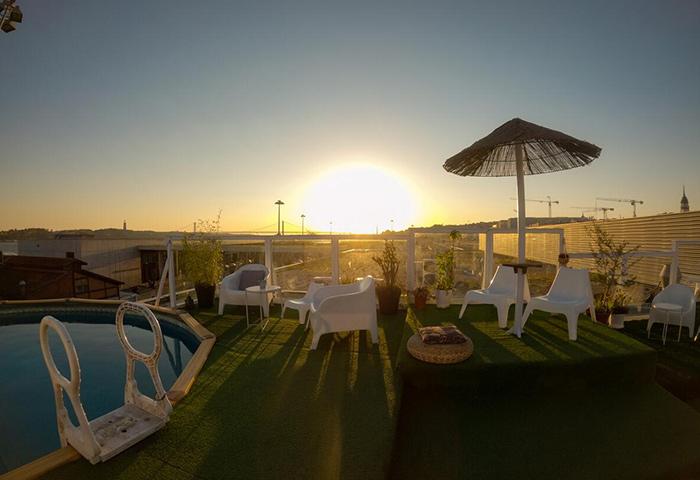 Find-Cheap-Price-Hostel-with-Rooftop-Pool-in-Lisbon-Gayborhood-Sunset-Destination-Hostel