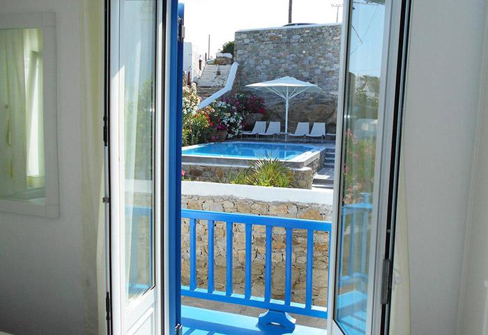 Find-Cheap-Private-Pool-Villas-for-Group-of-Friends-Gay-Hotel-Mykonos-Portobello-Boutique-Hotel