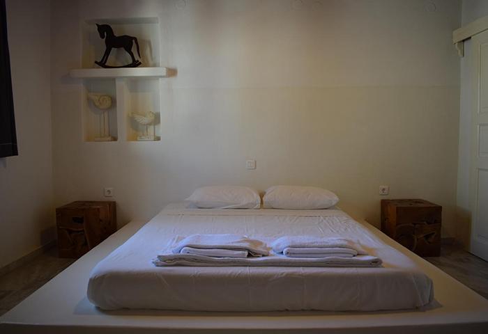 Find-Last-Minutes-Cheap-Price-Gay-Hotel-in-Mykonos-Town-Chora-M-for-Mykonos
