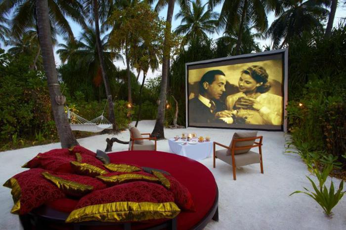 Gay Friendly Hotel Anantara Kihavah Maldives Villas Maldives Islands