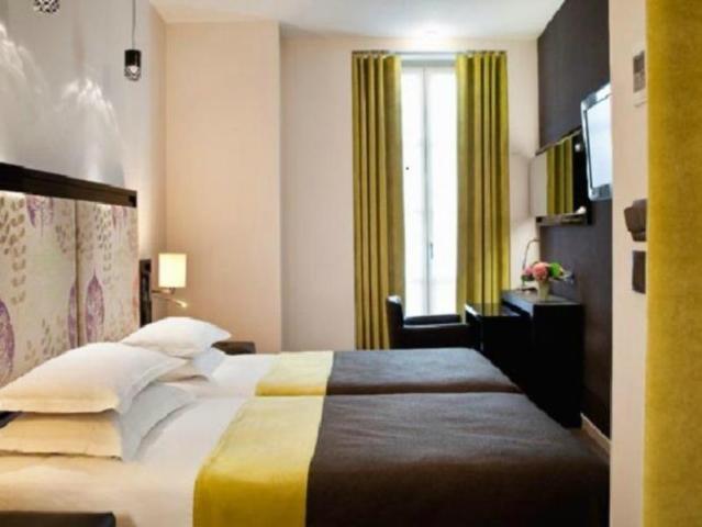 Gay Friendly Hotel Hotel Caron Paris