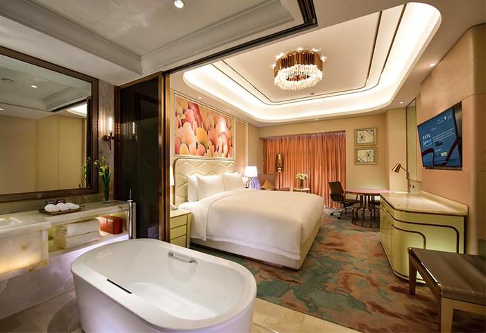 Gay Friendly Hotel The Radisson Collection Hotel Xing Guo Shanghai Shanghai