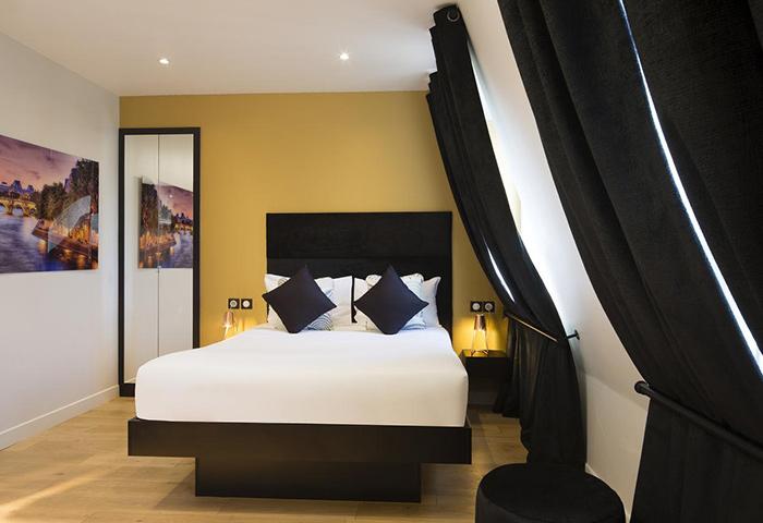 Le-Relais-du-Marais-Hotel-Great-location-close-to-gay-nightlife-Hotel-Paris