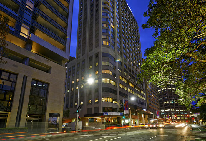 Pullman-Sydney-Hyde-Park-Cheap-Luxury-Gay-Hotel-Sydney-Darlinghurst