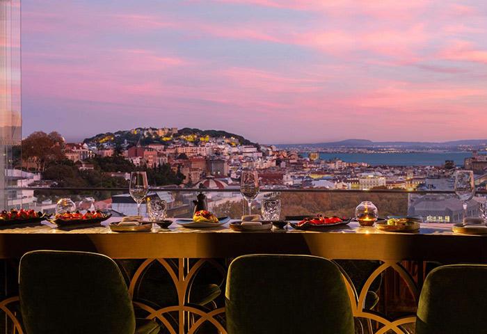 This-Year-Update-Best-Luxury-Gay-Hotel-Lisbon-with-Sky-Bar-Tivoli-Avenida-Liberdade
