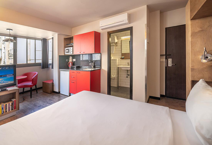 This-Year-Update-Best-Service-Apartment-Penthouse-in-Tel-Aviv-Gayborhood-Hilton-Beach-Ben-Yehuda-Apartments
