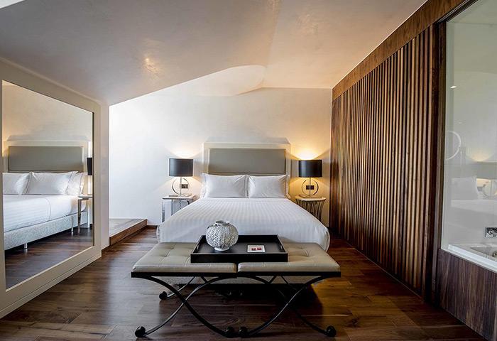 This-Year-Update-Most-Popular-Honeymoon-Hotels-in-Lisbon-Gayborhood-City-Center