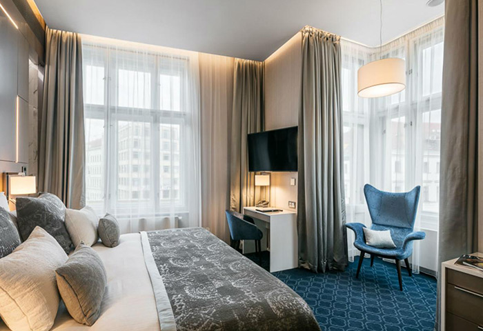 Top-1-Stylish-Luxury-Gay-Hotel-Prague-Old-Town-Center-Hotel-Kings-Court