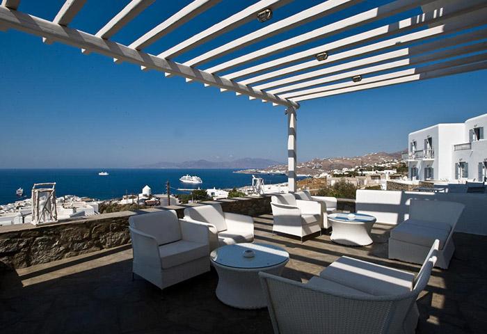 Top-Instagramable-Hotel-with-Rooftop-Pool-in-Mykonos-Gayborhood-Hermes-Mykonos-Hotel