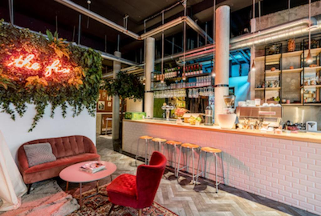 Gay Friendly Hotel Ecomama Hotel Amsterdam