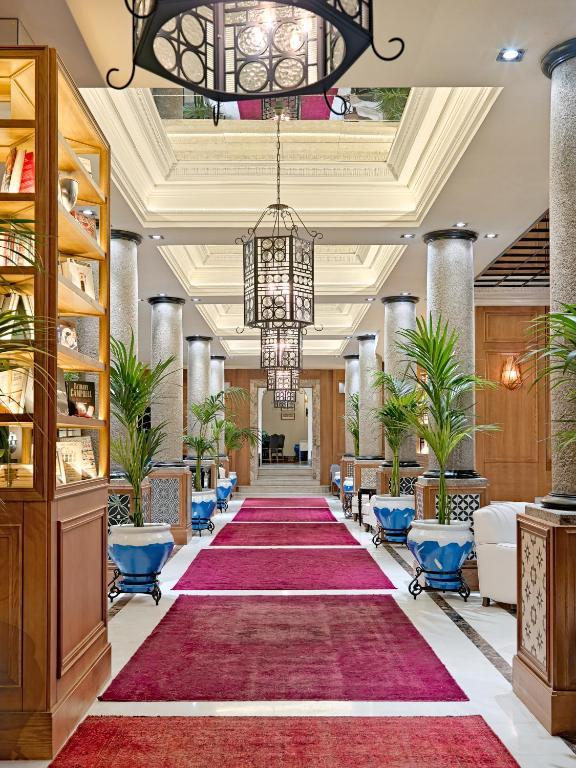 Gay Friendly Hotel H10 Villa de la Reina Boutique Hotel Madrid