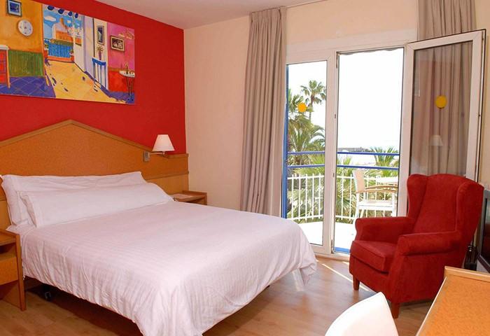 Gay Friendly Hotel Platjador Sitges