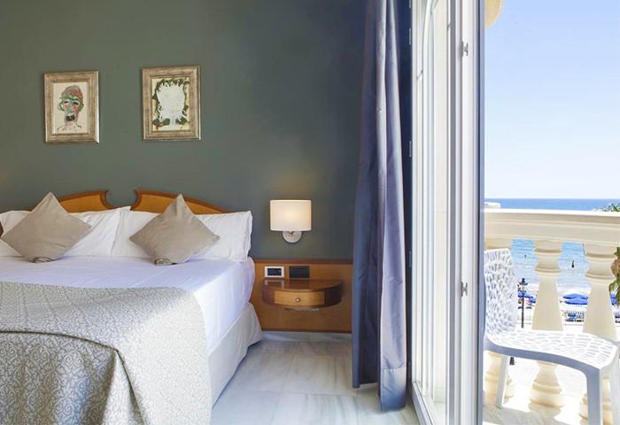 Gay Friendly Hotel URH Sitges Playa (Pet-friendly) Sitges