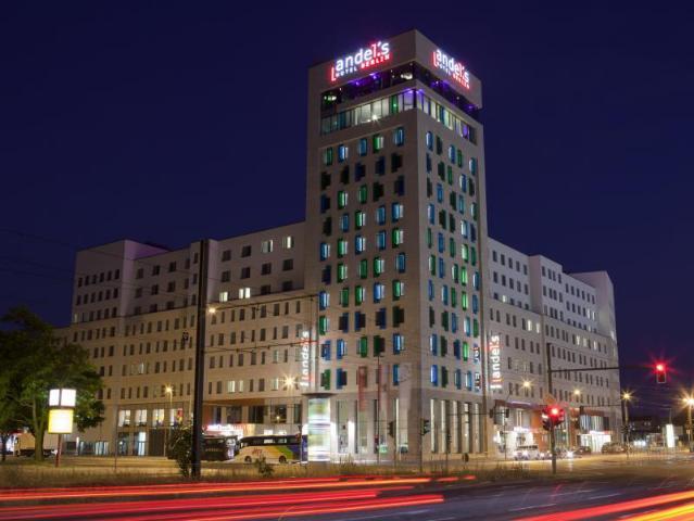 Gay Friendly Hotel Vienna House Andel's Berlin (Pet-friendly) Berlin