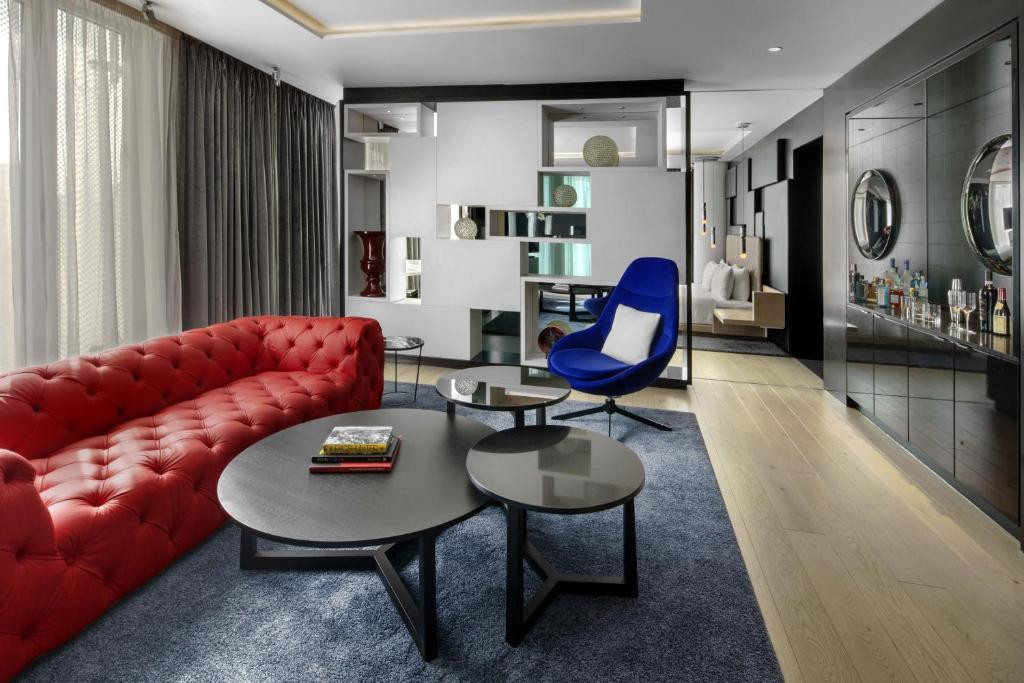 Gay Friendly Hotel W London - Leicester Square (Pet-friendly) London