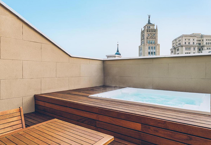 Honeymoon-Hotel-Ideas-in-Madrid-City-Center-Gayborhood-Iberostar-Las-Letras-Gran-Via