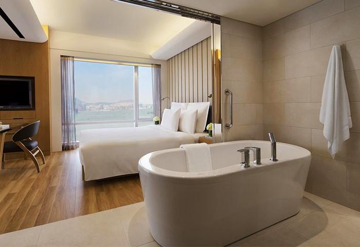 Gay Friendly Hotel Renaissance Hong Kong Harbour View Hotel