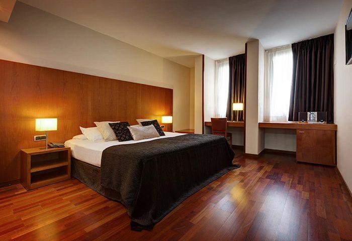 Acevi-Villarroel-Hotel-Top-List-Gay-Hotel-Barcelona-Gayborhood