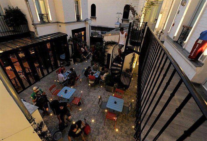 Best-Cheap-gay-Friendly-Hostel-Near-Paris-Gay-Bars-and-Saunas-The-3-Ducks-Eiffel-Tower-by-Hiphophostels