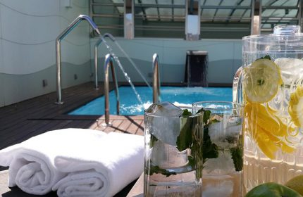 Best-Gay-Hotel-Barcelona-Serviced-Apartment-with-Rooftop-Pool-Ako-Suites-Hotel
