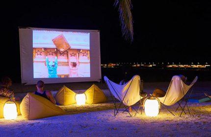 Best-Gay-Hotel-Maldives-with-Nightlife-The-Standard,-Huruvalhi-Maldives