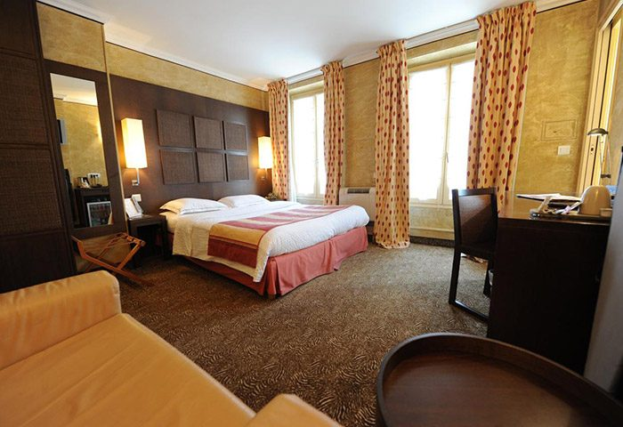 Best-Honeymoon-Hotel-Ideas-Paris-This-Year-Update-for-Gay-Travellers-and-Couples