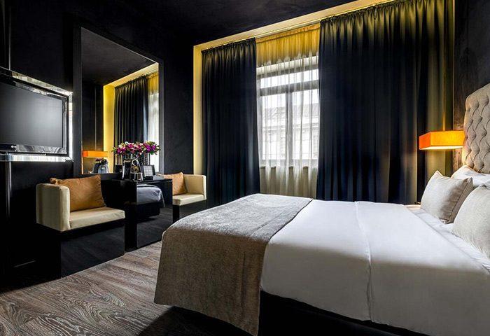 Best-Honeymoon-Hotel-Ideas-in-Lisbon-Gayborhood-9Hotel-Mercy