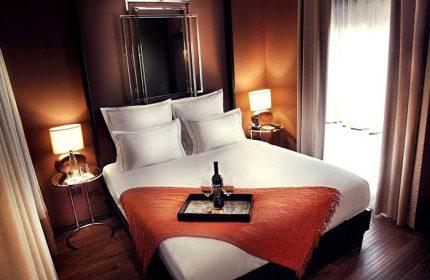 Brown-TLV-Hotel-Top-Gay-Hotel-tel-Aviv-Near-Gay-Bar-Shpagat