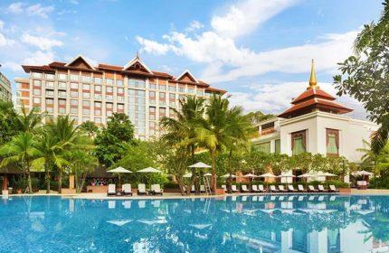 Cheap-Big-Room-Gay-Luxury-Hotel-Shangri-La-Hotel,-Chiang-Mai