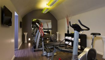 Cheap-City-Center-gay-Hotel-Paris-with-Gym-Duo-Hotel