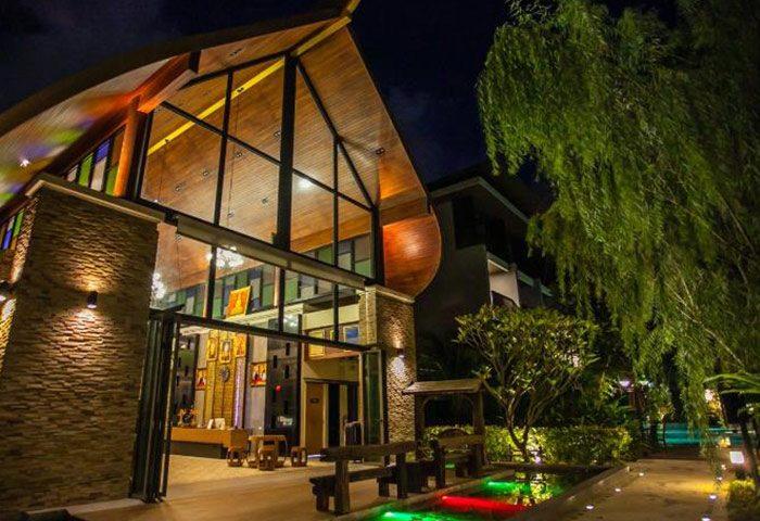 Cheap-Cool-Beach-Resort-Gay-Hotels-Krabi-Update-This-Year