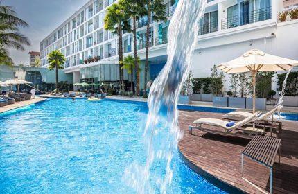 Cheap-Cool-Gay-Hotel-Pattaya-Near-Gay-Bars-Baraquda-Pattaya-Mgallery