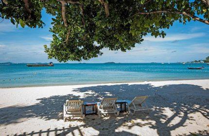 Cheap-Gay-Hotel-Koh-Samet-Popular-Beachfront-with-Pool