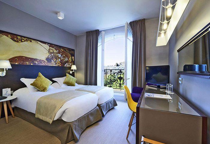Cheap-Gay-Hotel-Paris-Gayborhood-with-Bacony-Little-Palace-Hotel