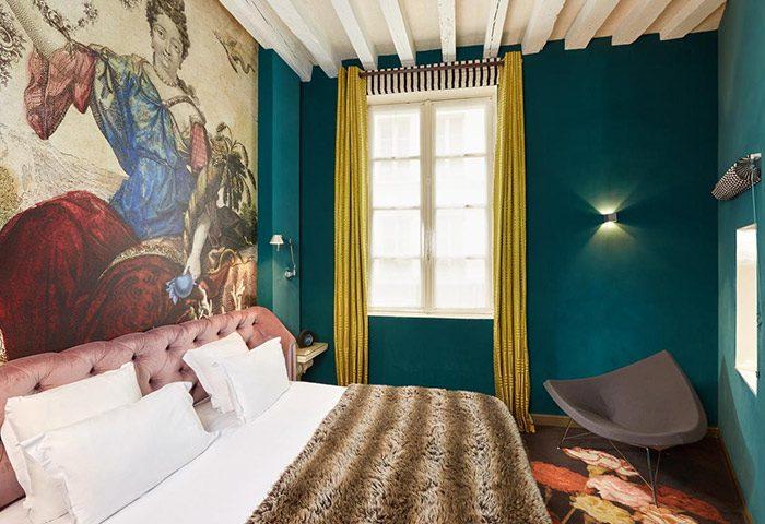 Cheap-Gay-Hotel-Paris-Marais-Gay-Area-Hotel-du-Petit-Moulin