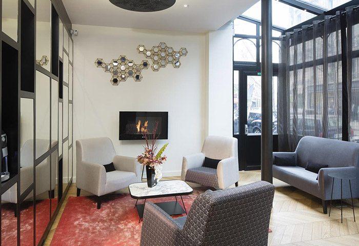 Cheap-Gay-Hotel-in-the-Heart-of-Paris-Le-Relais-du-Marais-Hotel