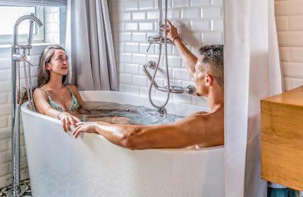 Cheap-Honeymoon-Ideas-Hotels-in-Tel-Aviv-Gayborhood-Shenkin-Hotel