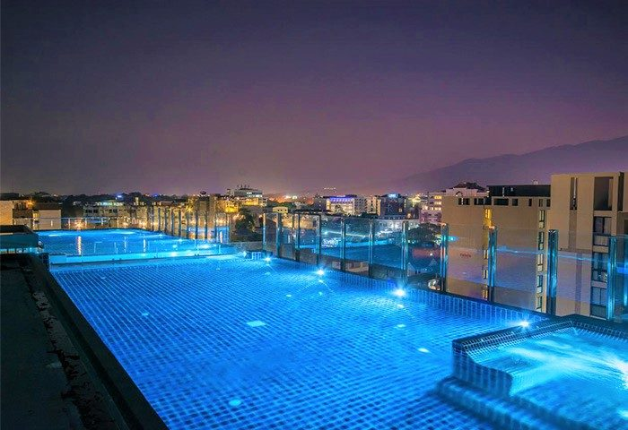 Cheap-LGBT-Focus-Luxury-Hotel-with-Rooftop-Pool-Stay-with-Nimman-Chiang-Mai