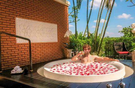 Cheap-LGBT-Luxury-Hotel-Shangri-La-Hotel-Chiang-Mai